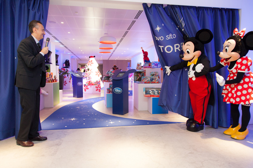 The online Disney Store, shopDisney, has the magic with this code. Act now and get free shipping when you spend $75+. Some restrictions apply; see site for details.