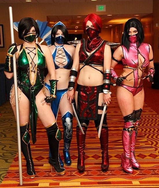 Sexy Cosplay: Mortal Kombat