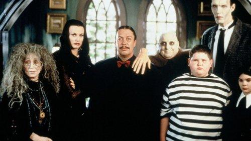La famiglia Addams si riunisce